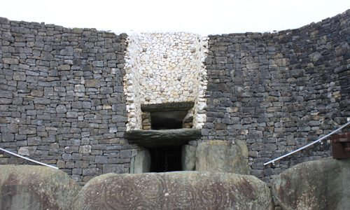 Newgrange – Meet Me Here at the Winter Solstice