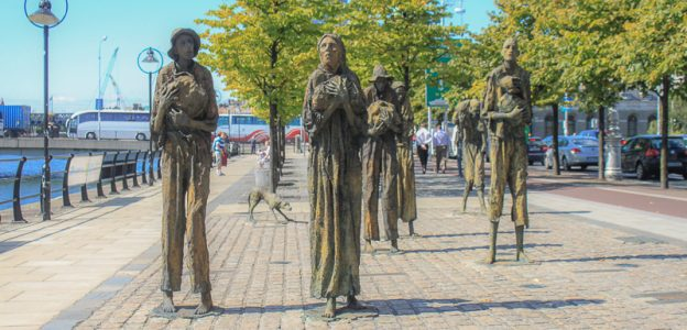 Famine Memorial in Dublin – Walking in Two Worlds