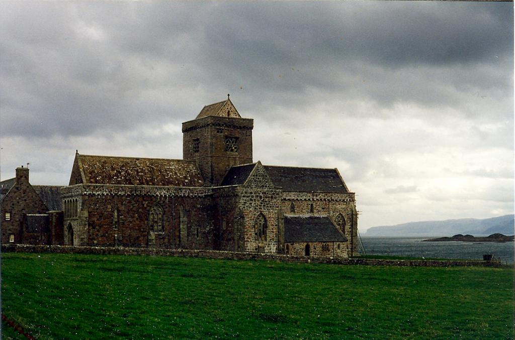 Iona Abbey - Spiritual tour of Scotland